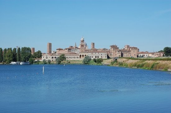 Mantua Photo