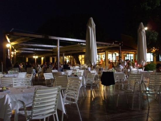 Family Hotel Amarin: il ristorante..
