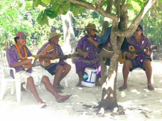 Moorea, French Polynesia: The band