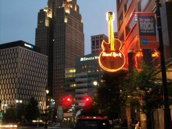 Hard Rock Cafe Detroit Lunch