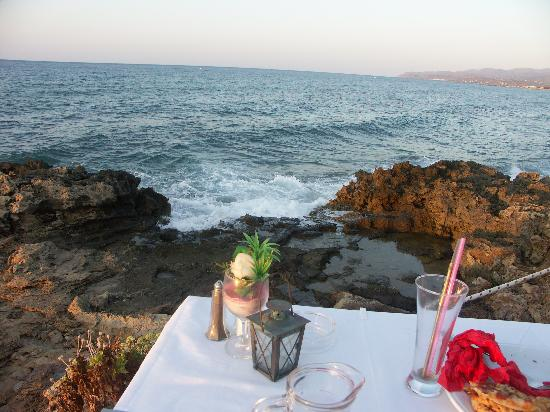 Restaurant Creta : The closeness of the sea