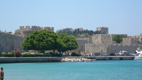 Medieval City: Foto van de oude stad te Rhodos.