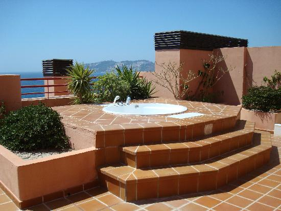 terrasse avec jacuzzi photo de almunecar playa spa hotel. Black Bedroom Furniture Sets. Home Design Ideas