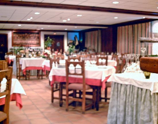 Hosteria Catalana: Dining room