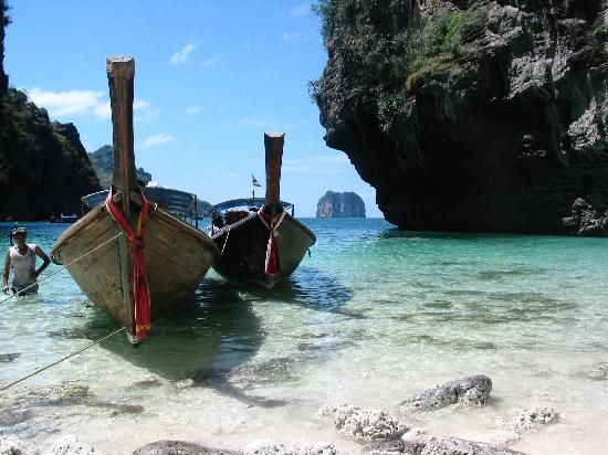 Muslim Homestay : Snorkeling at Poda Island