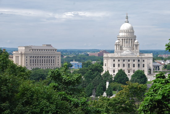 Renaissance Providence Downtown Hotel: Renaissance Providence Hotel and State Capitol