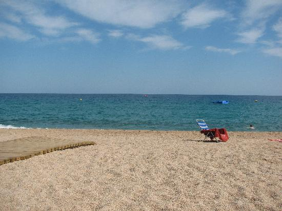 H·TOP Platja Park: Platja D'aro Beach 5 mins away
