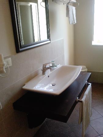 Hotel dei Coloniali: Baño