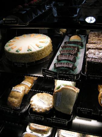 Java Cow Bakery: More edible treats
