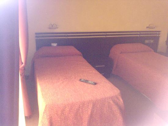 San Max Hotel: Habitación