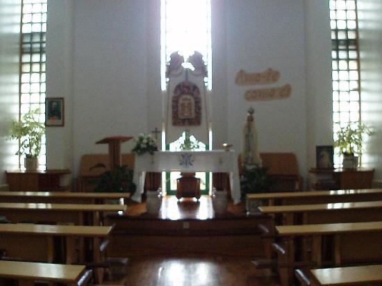 Chacim, Portugal: Capela Interior da Comunidade dos Padres marianos da Imaculada Conceição