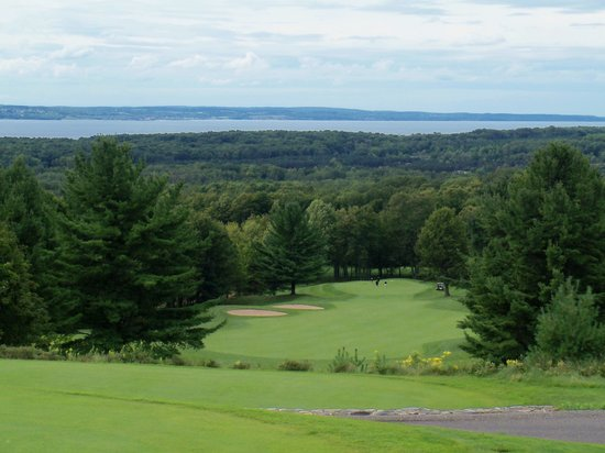 ‪Little Traverse Bay Golf Course‬