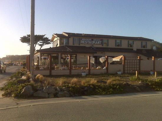 Miramar Beach Restaurant and Bar : The restaurant