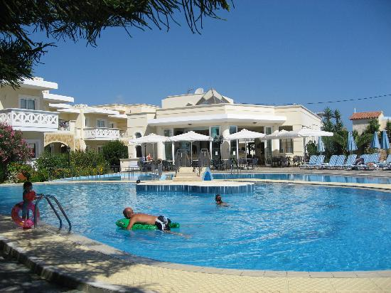 Kastalia Village & Saint Nikolas Hotel : swimming pool