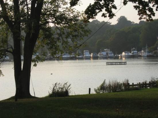 Essex liegt auf einer Halbinsel im Connecticut River