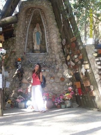 Miramar, Argentina: Raro..yo, la Virgen..las dos en el mismo lugar...