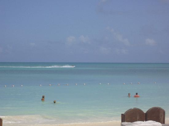 Sandals Grande Antigua Resort & Spa: View of the lovely beach