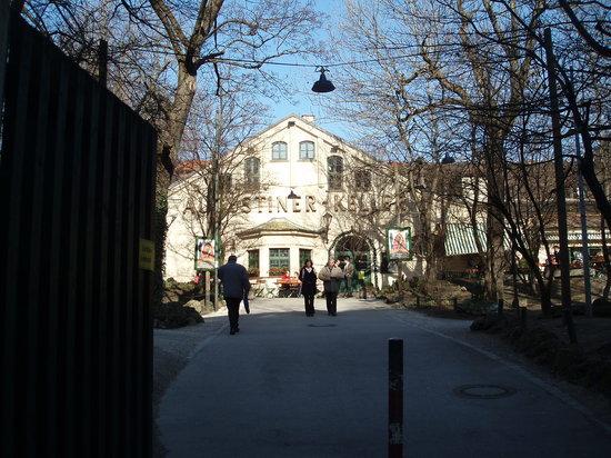 Пивной сад Augustiner-Keller