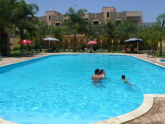 Hotel Fes Inn - Sodetel: Really nice pool, can be crowded