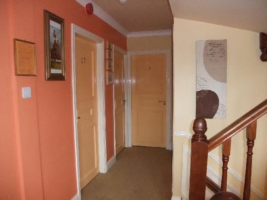 Abacus Guest House : Il corridoio al primo piano