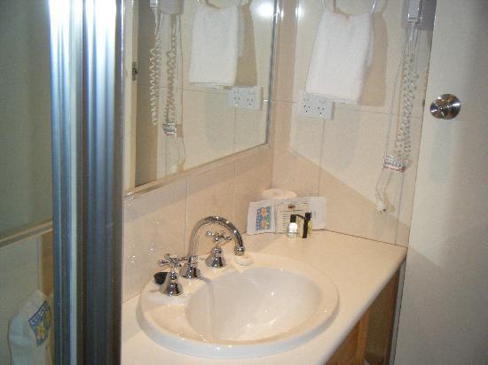 โรงแรมมิสมาอุดสวีดิช: Bathroom