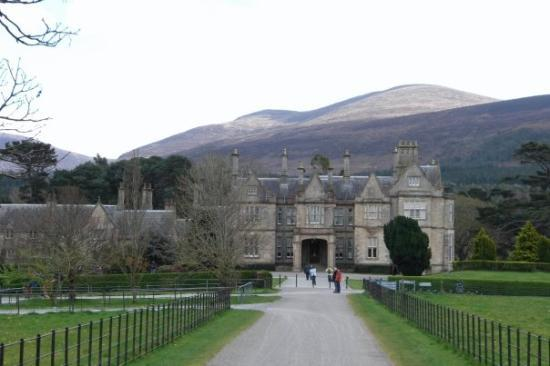 Muckross House, Gardens & Traditional Farms ภาพถ่าย