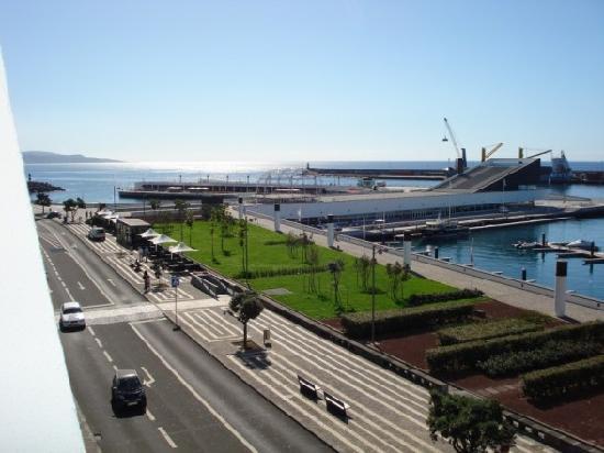 Duplex - Alojamentos Centro Comercial Solmar: Balcony view