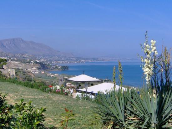 Panorama della costa palermitana dal Belvedere di Termini Imerese (PA) - Italy - Foto by: dadaco