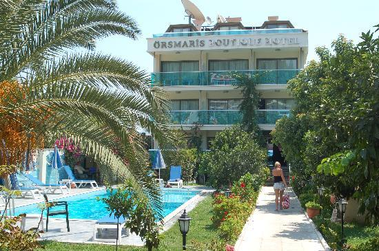 Orsmaris Boutique Hotel : The front of the building