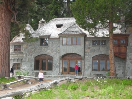 Emerald Bay State Park: Vikingsholm....Tahoe's hidden Castle