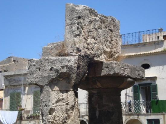 Siracusa Tempio di Apollo giugno 2009