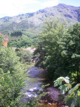 Arenas de Cabrales, Picos de Europa