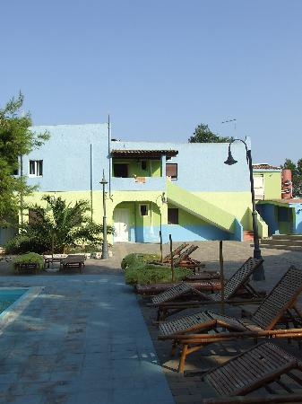 Porto Cesareo, Italia: Triolcali sulla piscina