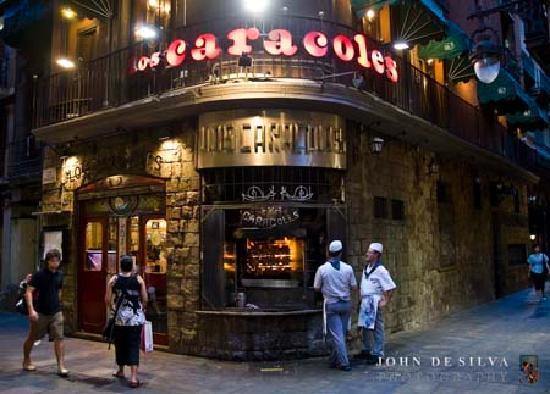 Foto de los caracoles barcelona restaurant front for Los restaurantes mas clandestinos y secretos de barcelona
