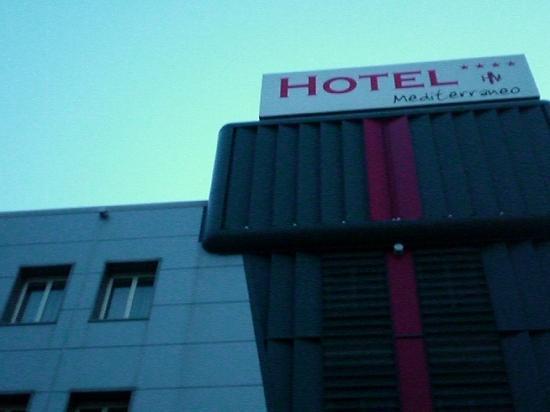 Hotel Mediterraneo: Hotel von aussen
