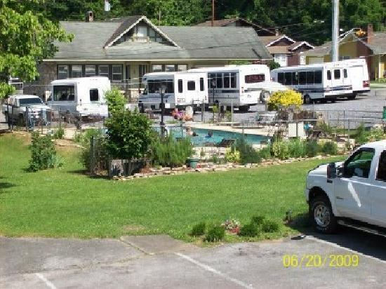 Bales Motel: pool