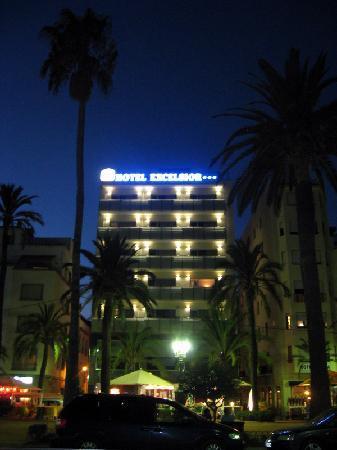 Hotel Excelsior : juste 300m et la plage