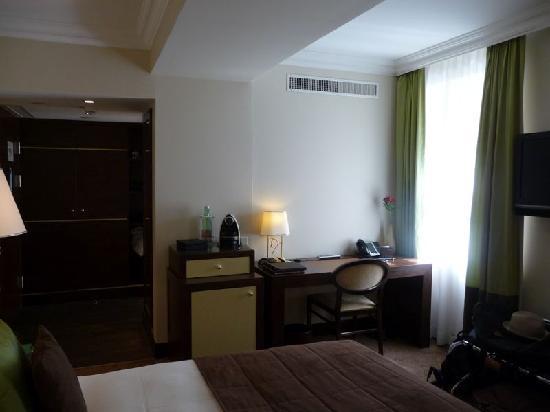 The Ring Hotel : Minibar.