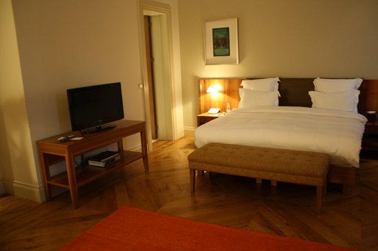 Tomtom Suites: cama hab 23