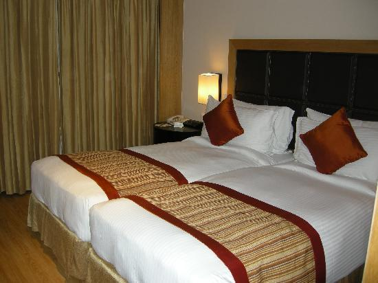 Svelte Hotel and Personal Suites: Our beds