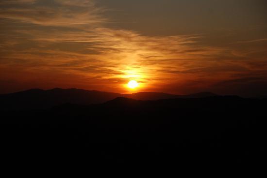 Agriturismo Monte Valentino: Sunset @ MV