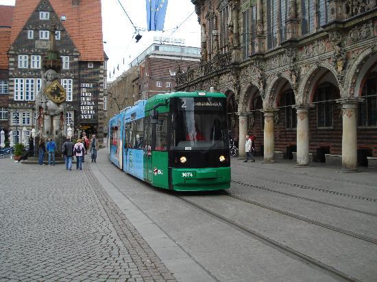 Ibis Bremen City: il centro storico, ottimo servizio tranviario.