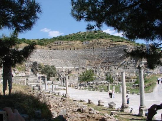 Efes Antik Kenti Tiyatrosu: Ephesus -- The Grand Theater
