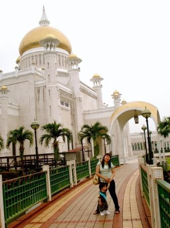 Sultan Omar Ali Saifuddin Mosque ภาพถ่าย