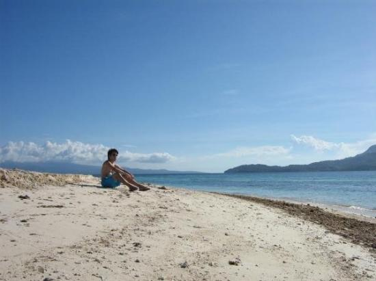Mambajao, Philippines: relaxing... White Island, Camiguin