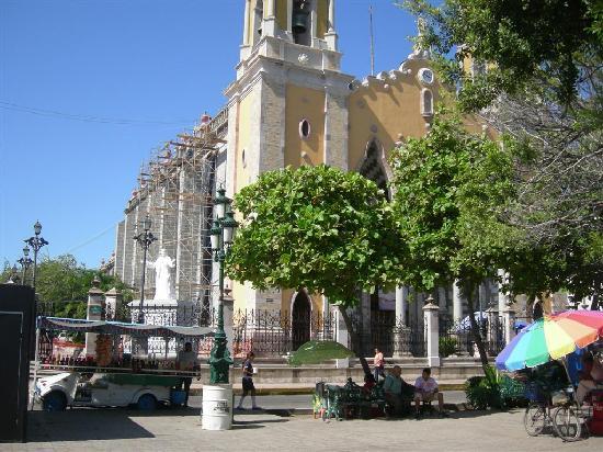 Solamar Inn: parroquia