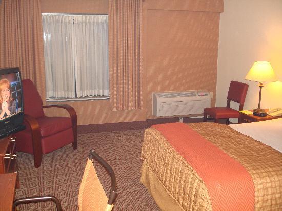 La Quinta Inn & Suites New Haven: Room with Queen Bed