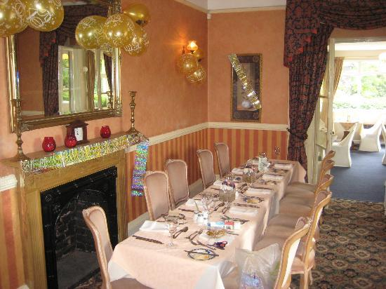 Castle Lodge Hotel: Table prepared for anniversary party