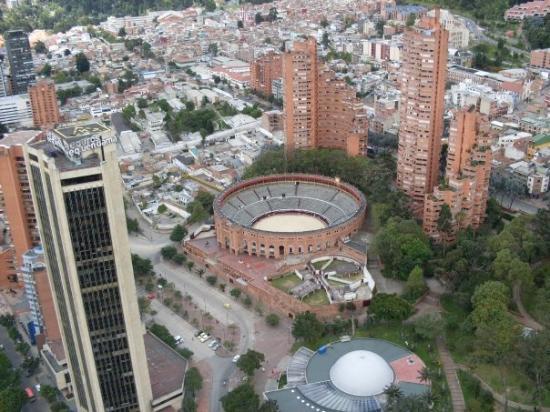 โบโกตา, โคลอมเบีย: Vista de la ciudad desde el Edificio Colpatria
