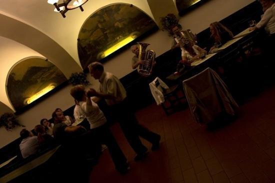 Restaurace U Fleku ภาพถ่าย
